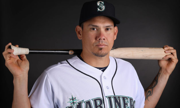 Dodgers Acquire Catcher José Lobáton from the Seattle Mariners